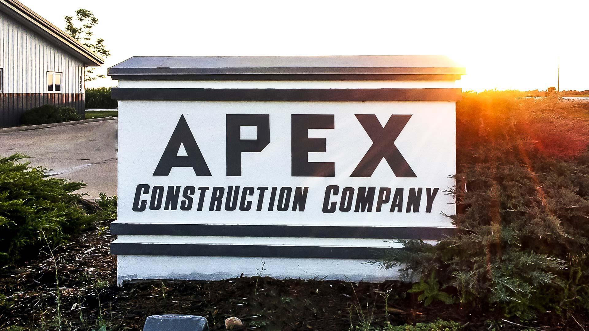 Apex Construction Company Iowa City header